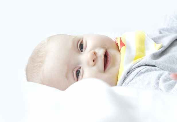 kisgyerek_boldog