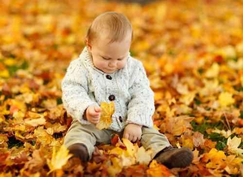 kisgyerek_levelek