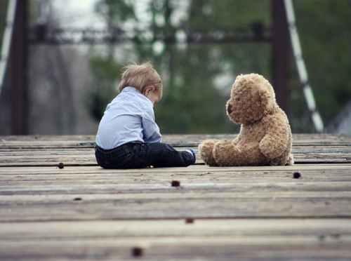 kisgyerek_szomoru